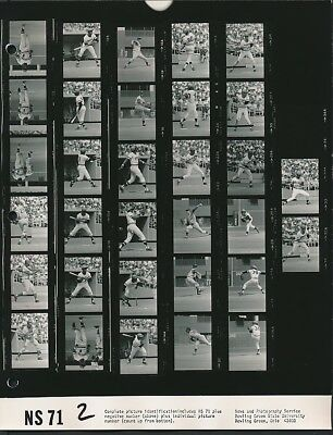1971 Original CONTACT SHEET Photo ROBERTO CLEMENTE & WILLIE STARGELL Pirates