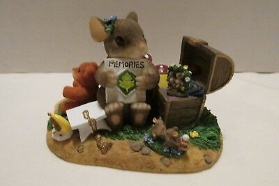 """Charming Tails Figurine """"A Treasure of Memories"""" Special Edition 2000"""