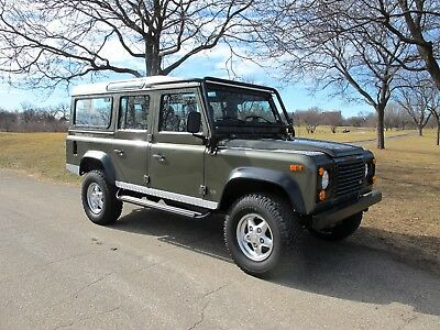 1997 Land Rover Defender  1997 Land Rover Defender 110