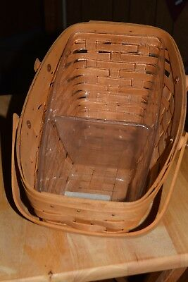 2001 Longaberger Medium Vegetable Basket with Protector