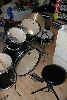 Drum Kit Mapex inc Full Cymbal Set, stool, drum sticks, foot pedal