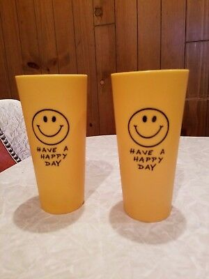 1970 HAVE A HAPPY DAY Smiley Face Big Yellow 2 Cup Drinking Glass