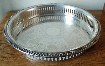 LOVELY VINTAGE 1960s ORNATE SHEFFIELD SILVER PLATE CIRCULAR PIERCED GALLERY TRAY