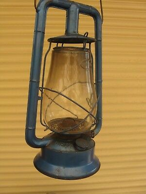VINTAGE DIETS RUSTIC MONARCH KEROSENE LAMP LANTERN PAINTED BLUE 35cm TALL No10