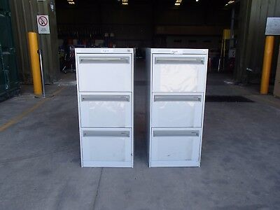 Set of 2 Assorted 3 Drawer Filing Cabinets Grey Metal 34639/b