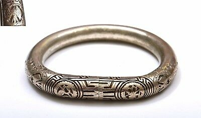 Early 20th Century Chinese Heavy 52 Gram Silver Bangle Bracelet Double Flags