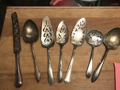 Nice Lot Of Vintage Silverplate Serving Pieces...lqqk!