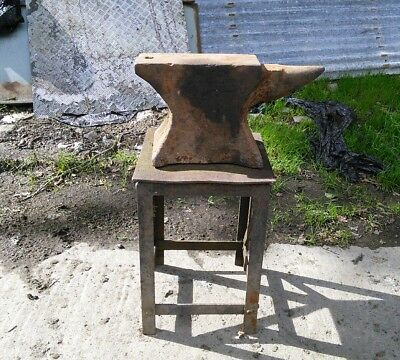 Vintage Blacksmiths Anvil Approx 70Kg With Table / Stand