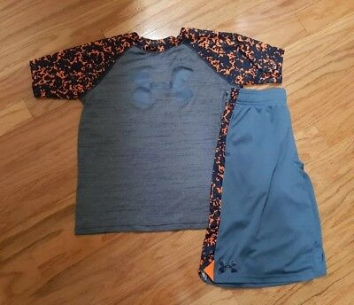 Under Armour Boys Shorts and Shirt Size Youth Large.  (C5)