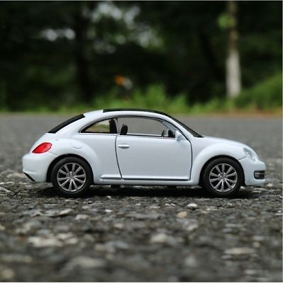VW New Beetle Model Cars Toys 1:36 Open two doors Collection White Alloy Diecast