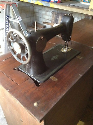 Antique Singer Sewing Machine with cabinet, original item