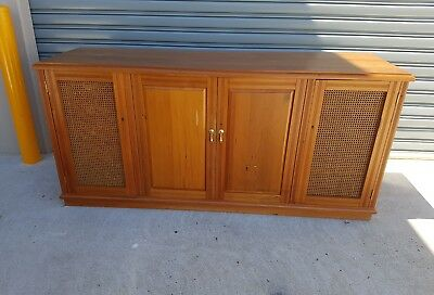 Stunning  retro solid Timber Sidetable/Sideboard/small Buffet VGC