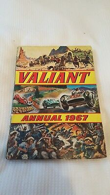 Valiant Annual 1967 - Binding slightly damaged but good condition inside