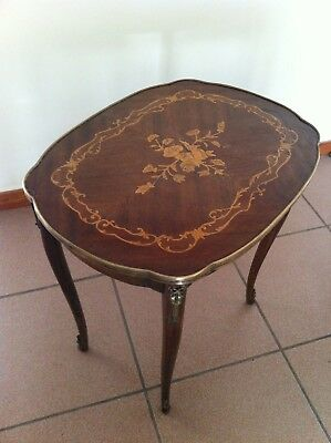 1920ca ANTIQUE MARQUETRY INLAY TABLE HANDCRAFTED SIDE TABLE.