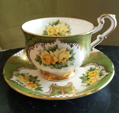 vintage beautiful Paragon tea cup and saucer