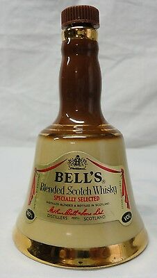 VINTAGE WADE 50 ml MINI BELLS SCOTCH WHISKY DECANTER MADE IN PERTH SCOTLAND 1979