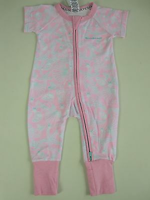 Bonds Baby Short Sleeve Zip Wondersuit size 0000 000 00 0 2 3 Colour Pink Shells