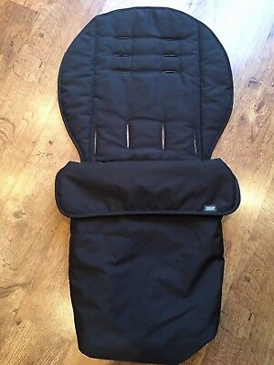mamas and papas essential black footmuff- hardly used great condition