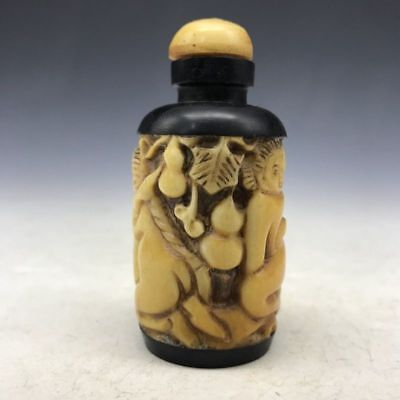 Ancient Chinese snuff bottles of pure manual sculpture character pattern