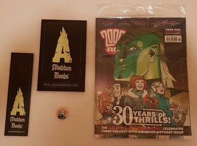 2000AD Prog 1526 (30 Year Anniversary) with bag, book, bookmark&badgeFree gifts
