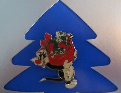 1999 Sylvester The Cat Carrying A Gift Bag Enamel Pin Tie Tack Mint