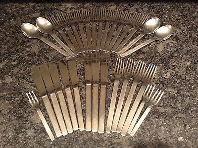 VINERS STUDIO Stainless Steel 31 Piece SET. Gerald Benney 1960s Sheffield