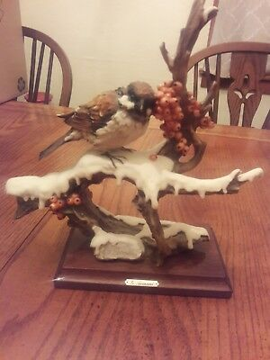 Giuseppe Armani Capodimonte SPARROW ON SNOWY BRANCH Bird Figurine - Italy