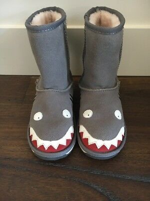 EMU Ugg Boots Kid's Shark Wool As New RRP$129