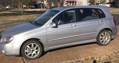 2005 Kia Spectra Spectra 5 Kia Spectra 5 - 145,000 Miles - Silver - Clean Title - Runs and Looks Great!