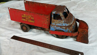 WYN TOY TRUCK with scoop