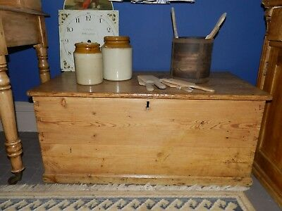 Antique Victorian Pine Blanket Box / Linen Chest / Coffee Table