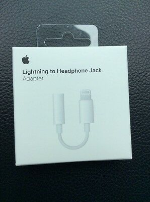 NEW Apple A1749 Lightning to 3.5mm Headphone Jack Adapter for iPhone 7 & 7 Plus