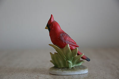 Vintage Bisque LEFTON porcelain Red Bird CARDINAL Figurine (27)