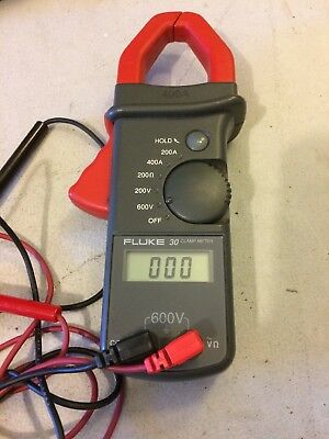 Fluke 30 Clamp Meter 400 A With Case And Manual