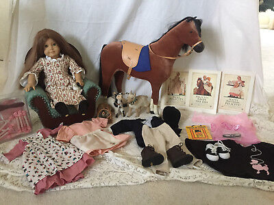Felicity Colonial Underwear Set Lamb Silver Choc Pot 7 Outfits Sampler Book Dolls & Bears Dolls