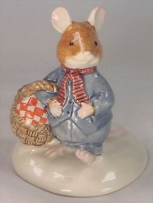 Royal Doulton Brambly Hedge Wilfred Carries the Picnic DBH34