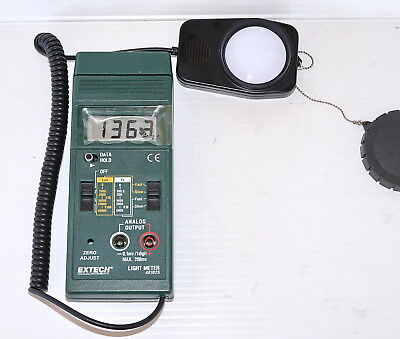 Extech 401025 Foot Candle Lux Light Meter -unused but blemish on screen
