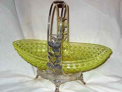 Antique Quadruple Plate Silver Meriden Bride Basket Vaseline Bowl Central Glass