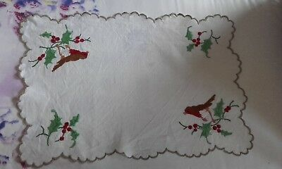 Lovely Vintage Hand Embroidered Christmas Traycloth InLinen With Robins & Holly