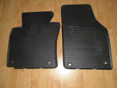 2 St. original VW Golf Gummimatten super Zustand
