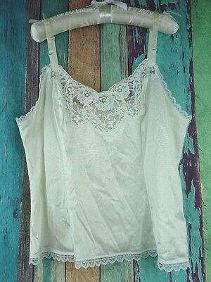 Vtg JCPENNY Body Lites Womens Sz 34 Camisole Cami Lingerie USA White Lace Nylon