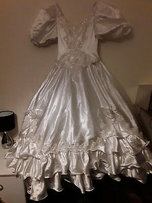 White satin wedding dress 12 uk in need of tlc