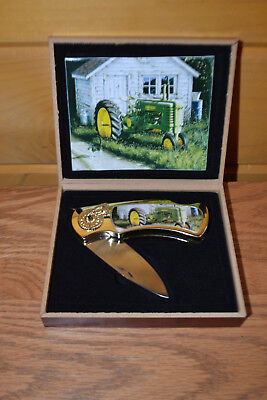 Collectible John Deere Folding Locking Jacknife With Wooden Case