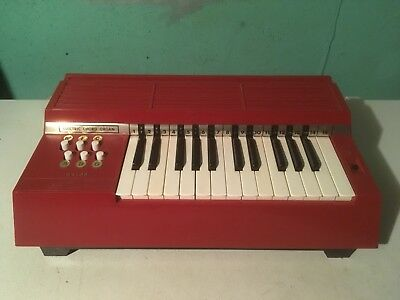 Vintage Magnus Chord Organ Model 360RC Musical Instrument Piano