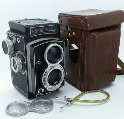 Vintage ROLLEICORD V Camera with Xenar 75mm Twin Lens & leather case