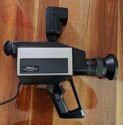 National Colour Video Camera WV-3030N + National Camera Flash PE-306A