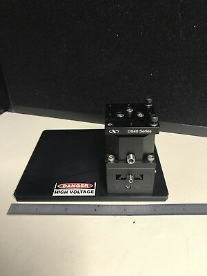 Newport DS40 Compact Dovetail Linear Stage 14mm XY 5mm Z, 40x40x65 mm Metric