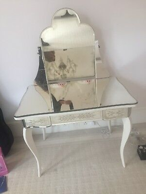 luxury mirrored dressing table