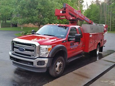 2015 Ford F550 Truck with 40' Boom and 1.5 Man Basket