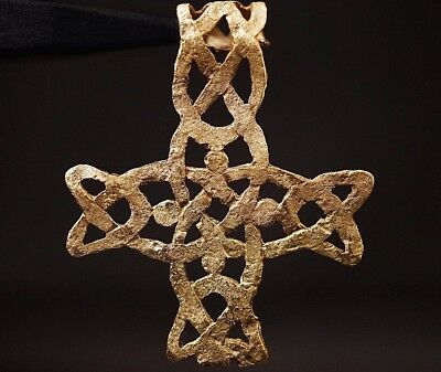 Ancient Viking Solid GOLD CROSS. Norse Knot Amulet Pendant, circa 950-1000 AD.